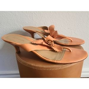 Ann Taylor sz 9 M Leather Sandals with Kitten Heel